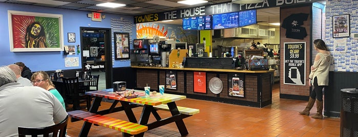 Townies Pizzeria is one of Traveling du Chef.