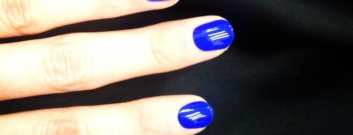 Beautiful Nails is one of Lugares favoritos de Carlis.