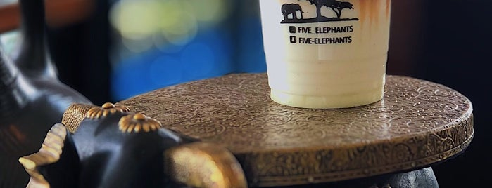 Five Elephants - Speciality Coffee shop is one of Posti che sono piaciuti a Bassam.
