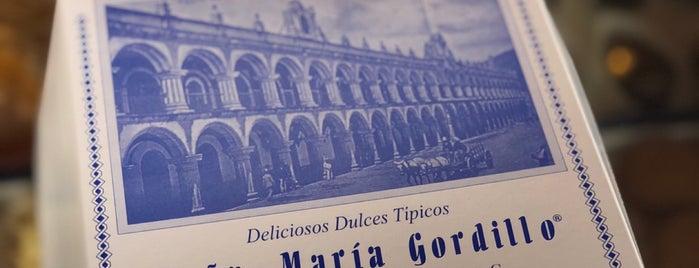 Dulceria Doña Maria Gordillo is one of Lugares favoritos de Vanessa.