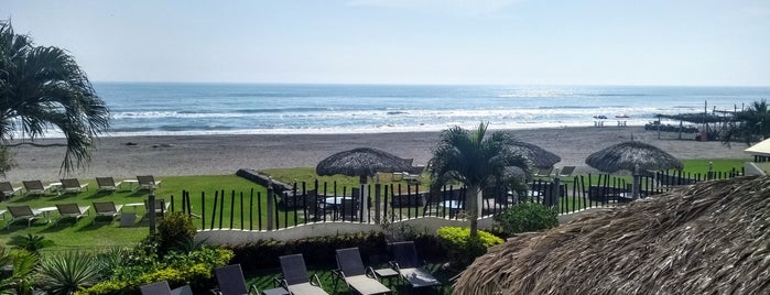 Artisan Hotel Resort & Spa - Playa Chachalacas is one of Orte, die Yue gefallen.