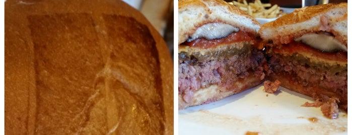 Umami Burger is one of Kim'in Beğendiği Mekanlar.