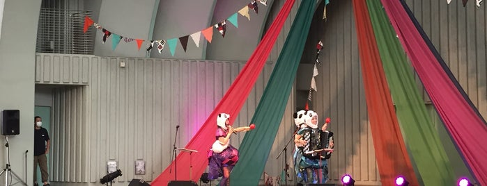 上野公園 野外ステージ 水上音楽堂 is one of Noさんのお気に入りスポット.