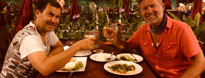 Phanha Khmer Restaurant is one of Locais curtidos por Shaun.