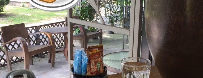 Cafe de Garden is one of Awesome Chiang Mai.