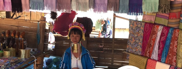 long neck village @ วังน้ำหยาดรีสอร์ท is one of Awesome Chiang Mai.