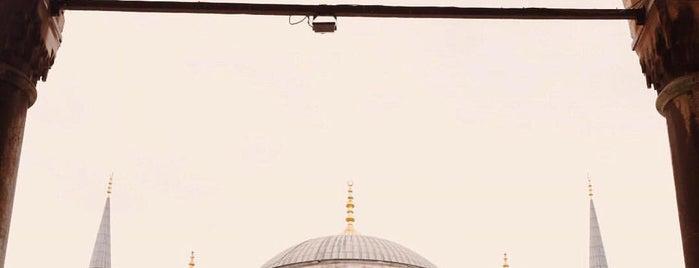 Sultan Ahmet Camii is one of Amazing Istanbul.
