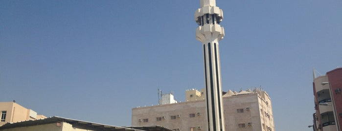 جامع الشيخ محمد بن علي النشار is one of Holy Places & Sites of Region Hejaz.