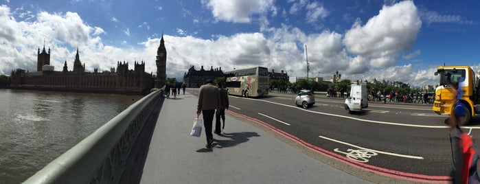 Ponte di Westminster is one of Posti che sono piaciuti a Ferhat.