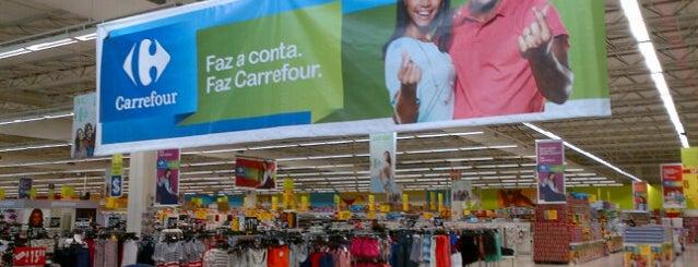 Carrefour is one of Locais curtidos por AleXXXandre.