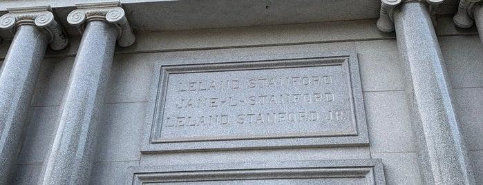 Stanford Mausoleum is one of Locais salvos de leoaze.