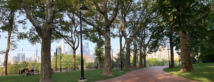 Elysian Park is one of สถานที่ที่บันทึกไว้ของ Lizzie.