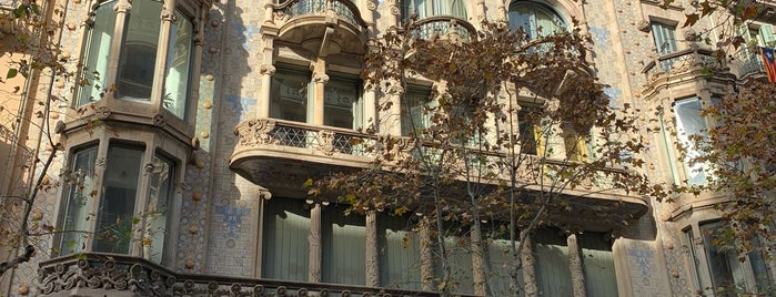 Casa Thomas is one of Barcelona baby.