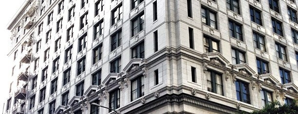 SB Manhattan Lofts is one of Neighborhood regular places.