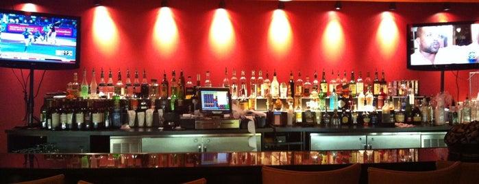 21st Amendment Bar & Grill is one of Tempat yang Disukai Juanita.