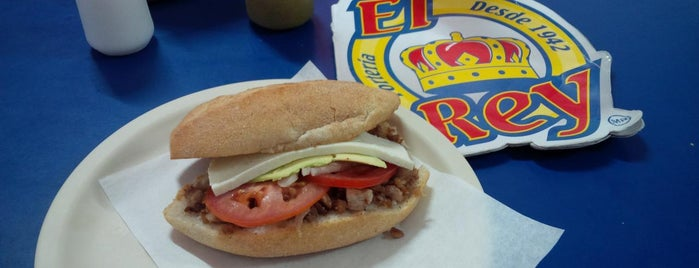 Tortas El Rey is one of Nanncita 님이 좋아한 장소.