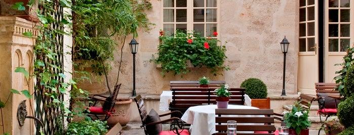 Café Laurent is one of Paris, je t'aime.