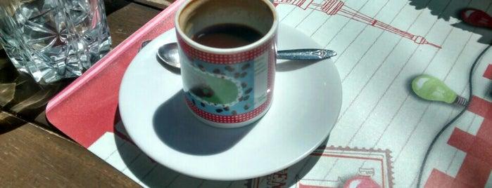 Viena Café is one of Coffee & Tea.