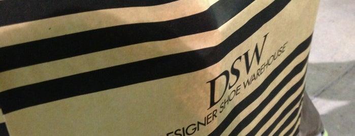 DSW Designer Shoe Warehouse is one of Posti che sono piaciuti a Christian.