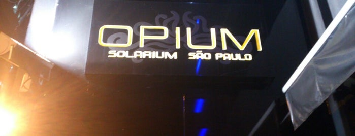 Opium Solarium is one of To na night.