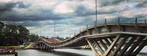 Puente Leonel Vieira is one of Uruguai, One Day.