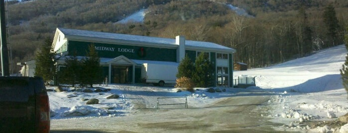 Stowe Mountain Resort - Midway Lodge is one of Posti che sono piaciuti a Amy.