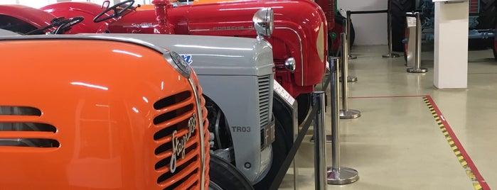 Antika Traktör Müzesi is one of Müze.