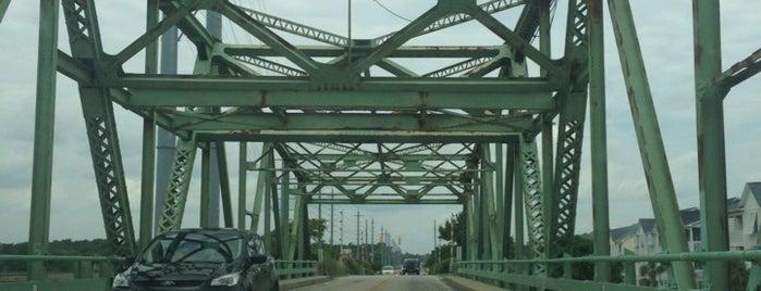 Swing Bridge is one of Davidさんのお気に入りスポット.