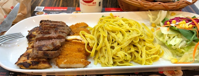 Green Salads is one of Onur'un Beğendiği Mekanlar.