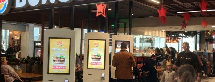 Burger King is one of Locais curtidos por Stavria.
