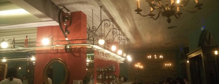 Ίσαλος is one of Posti che sono piaciuti a Evita.