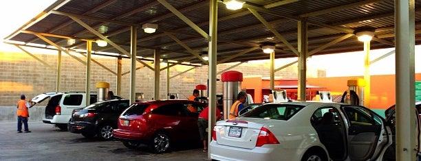 Coconoco Car Wash is one of Guillermo : понравившиеся места.