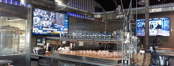 Firestone Walker Brewing Company - The Propagator is one of Tempat yang Disimpan Philippe.