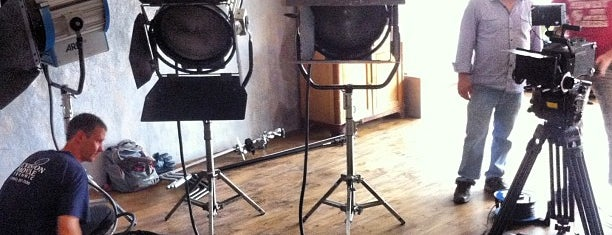 Apollo Photo Studio is one of สถานที่ที่ Irina ถูกใจ.