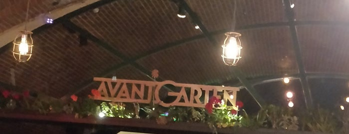 Avant Garten is one of Night.