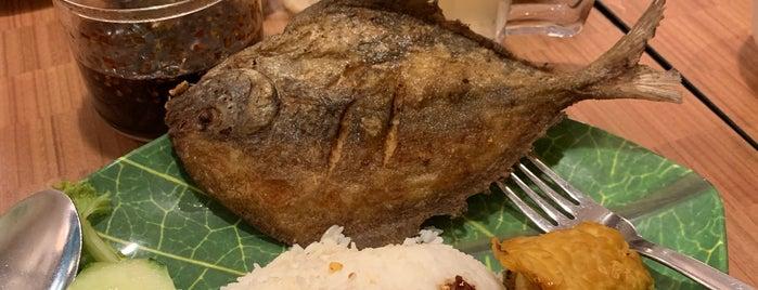 Ayam Bakar Ojolali is one of Micheenli Guide: Nasi Ayam Penyet/Goreng in SG.