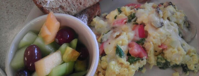 Kate's Kitchen is one of Wake up! Breakfast spots in Kansas City..