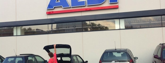 ALDI is one of Visitados.