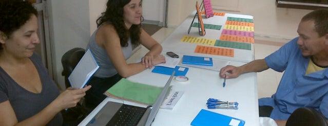Microrroteiros do Centro Velho is one of 200 programas para fazer em SP.