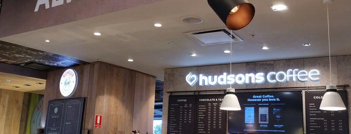 Hudsons Coffee is one of Lieux qui ont plu à Darin.
