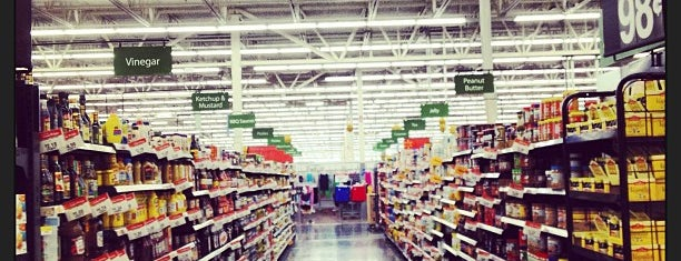 Walmart is one of Andreia 님이 좋아한 장소.
