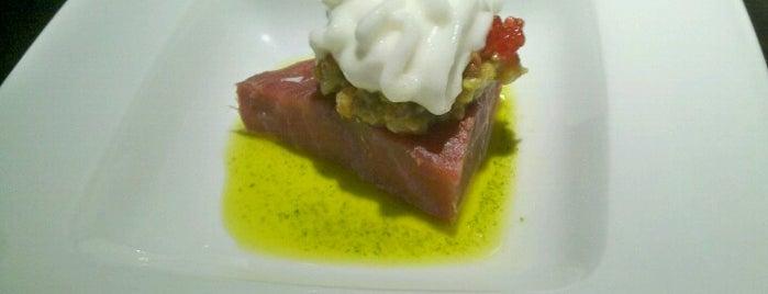 Marcelino is one of Restaurantes y Tapas.