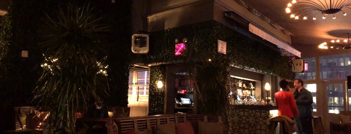 PHD Terrace at Dream Midtown is one of Manhattan Bars.