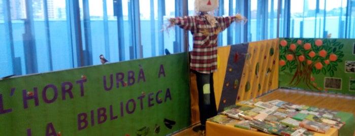 Biblioteca La Sagrera-Marina Clotet is one of Miquel 님이 좋아한 장소.