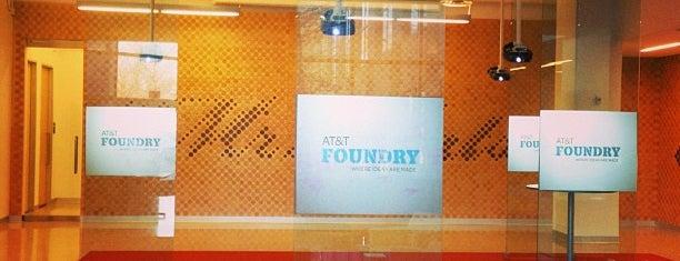 AT&T Foundry is one of Conrad'ın Beğendiği Mekanlar.