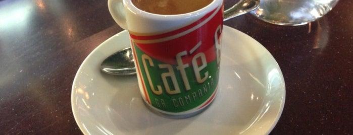 Café&Té is one of Locais curtidos por Aylin.