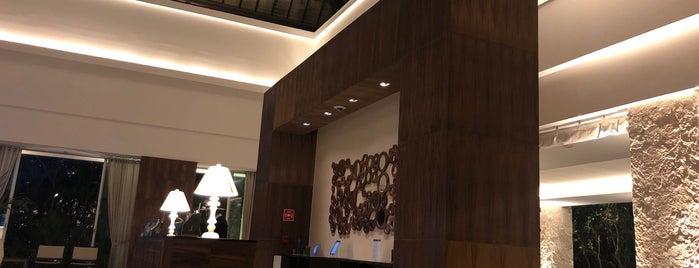 Lobby Central - Grand Luxxe is one of Verónica'nın Beğendiği Mekanlar.