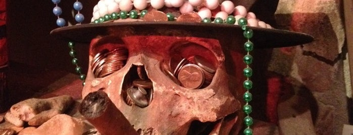 New Orleans Historic Voodoo Museum is one of NOLA Bucketlist.