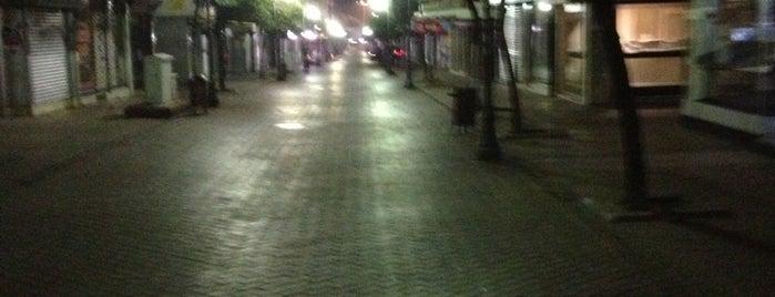 Uzun Çarşı is one of Posti che sono piaciuti a Evren.
