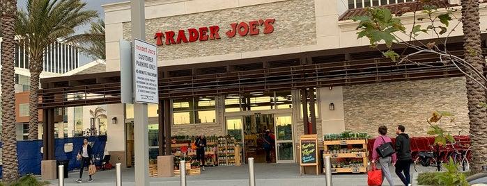 Trader Joe's is one of Posti che sono piaciuti a Vera.